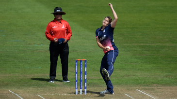 Katherine Brunt conceded only nine runs in a five-over opening spell