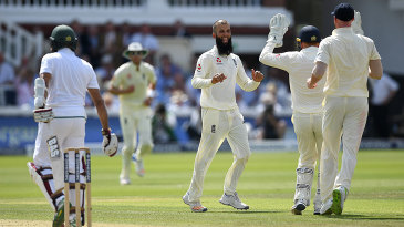 Moeen Ali trapped Hashim Amla lbw for 29