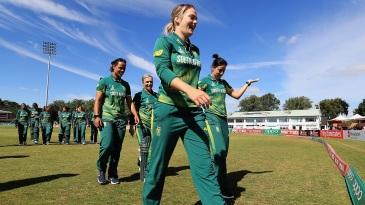 Dane van Niekerk leads her side off the field