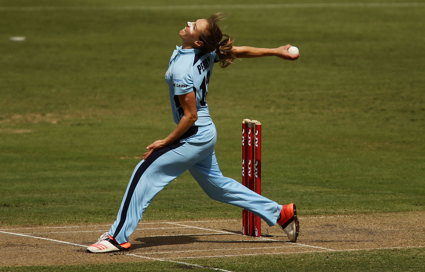 All athlete: Perry bowls in the T20 final between New South Wales and Victoria, 2015