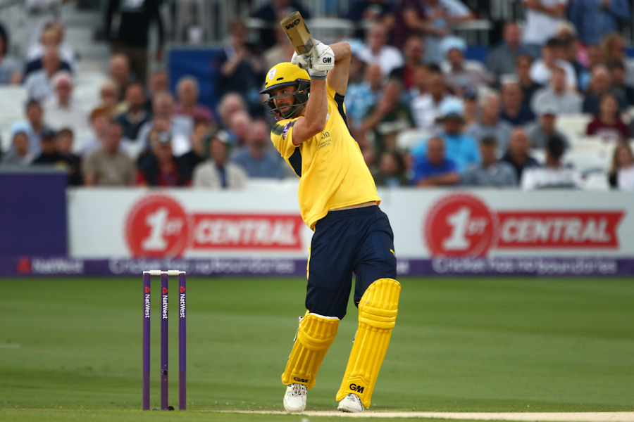 Dickinson hits the high notes as Hampshire prove their mettle