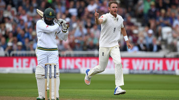 Stuart Broad had Hashim Amla caught on the hook