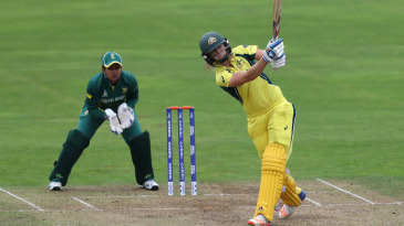 Ellyse Perry slams one into the leg side