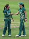 Sune Luus is congratulated by Marizanne Kapp, Australia v South Africa, Women's World Cup, Taunton, July 15, 2017