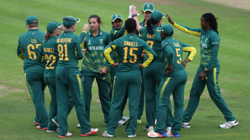 South Africa fought back with Sune Luus' five-for