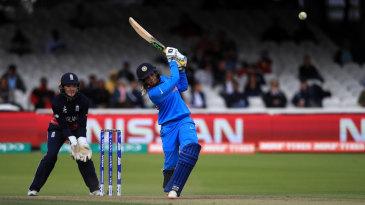 Veda Krishnamurthy struck five fours in her 35