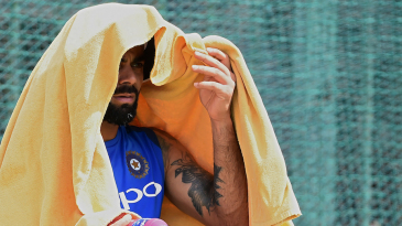Virat Kohli tries to escape from the heat