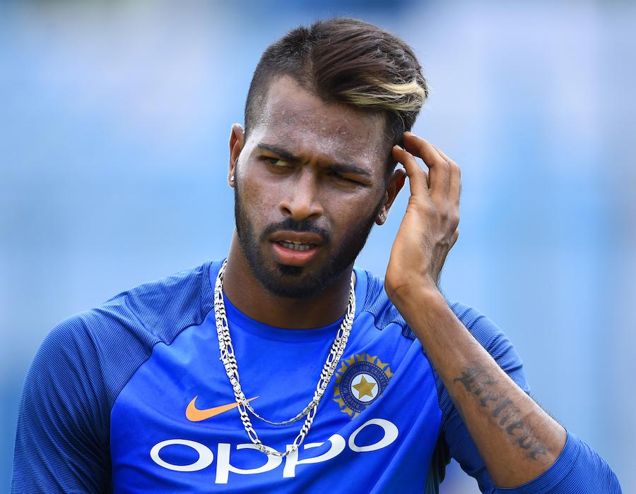 Hardik Pandya Rubbishes Reports of him Exiting Mumbai Indians