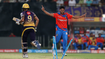 Too hot to handle: Thampi gets one of his 11 wickets in IPL 2017