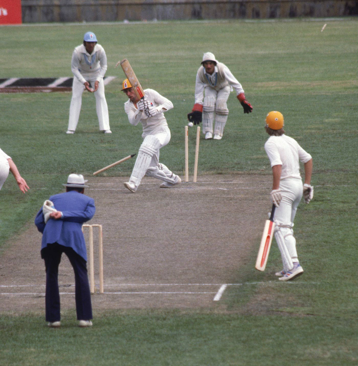 Le Roux bowls Ian Chappell in a WSC Supertest in Melbourne