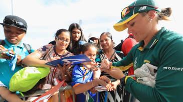 Mignon du Preez signs autographs for fans in Leicester