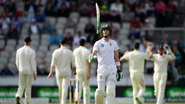 Faf du Plessis shows his frustration as the final Test slips away