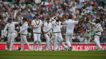 South Africa celebrate Vernon Philander's dismissal of Joe Root