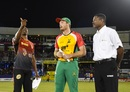 Dwayne Bravo and Martin Guptill at the toss, Trinbago Knight Riders v Guyana Amazon Warriors, CPL 2017, Port of Spain, August 11, 2017