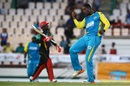 Shane Shillingford enjoys Devon Smith's dismissal, St Lucia Stars v St Kitts and Nevis Patriots, CPL 2017, Gros Islet, August 12, 2017