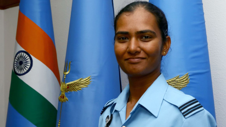 Flight Lieutenant Shikha Pandey with her World Cup medal