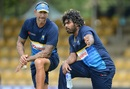 Nic Pothas and Lasith Malinga have a chat, Dambulla, August 19, 2017
