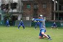 Fielding coach Brad Haddin puts Australia through slip fielding drills, Dhaka, August 20, 2017