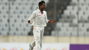 Mehidy Hasan Miraz roars after pinning David Warner lbw