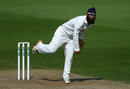 Amar Virdi bowls, Surrey v Middlesex, Specsavers County Championship, Division One, Kia Oval, August 28, 2017