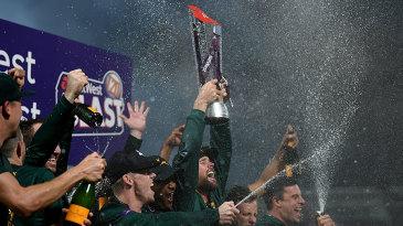 Dan Christian lifts the T20 Blast trophy