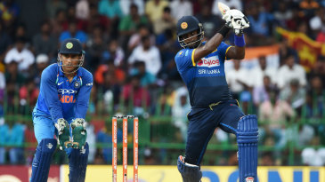 Angelo Mathews thumps one off the back foot