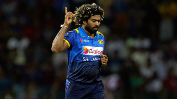 Lasith Malinga celebrates the wicket of Ajinkya Rahane