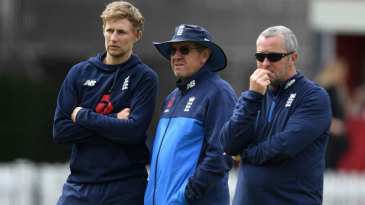 Joe Root, Trevor Bayliss and Paul Farbrace watch on during England nets