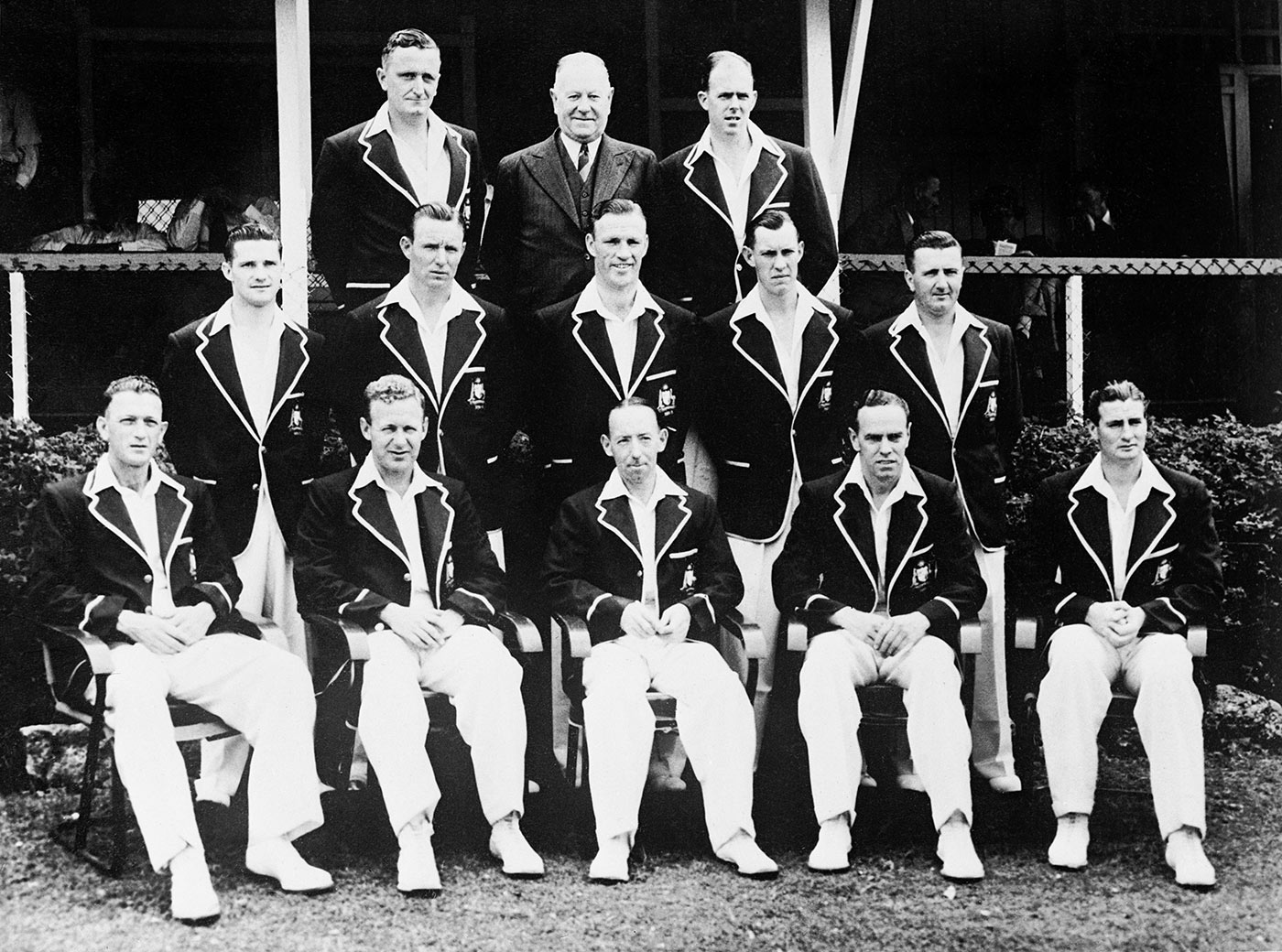 An Australia team picture from the 1950 Ashes. Archer is fourth from left, middle row; his good mate Arthur Morris second from left, bottom row; Australia's second oldest Test cricketer now, Neil Harvey is first at left, middle row