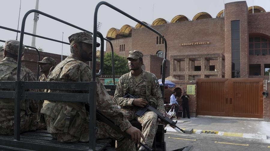 Pakistan's military troops guard the Gaddafi Stadium