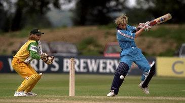Jan Brittin batting against Australia in 1998