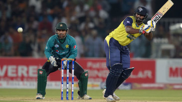 Thisara Perera hit three sixes and two fours in a cameo of 32 off 13 balls