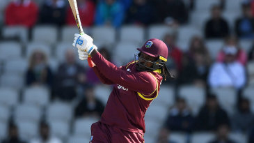 Chris Gayle launched his innings with a volley of sixes