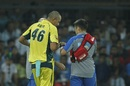 Ashton Agar injured his hand while diving near the boundary, India v Australia, 3rd ODI, Indore