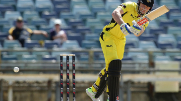 Shaun Marsh set up Western Australia's strong start with a knock of 88