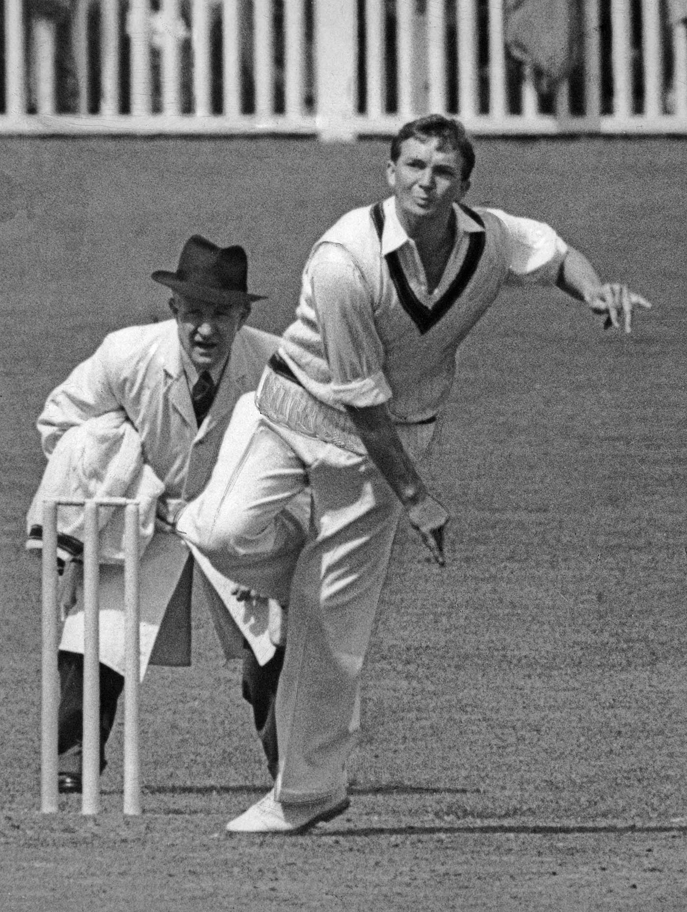 Richie Benaud kept England on a short leash at the Gabba in 1958