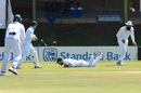 Faf du Plessis took a smart catch to send back Soumya Sarkar, South Africa v Bangladesh, 1st Test, Bloemfontein, 3rd day, October 8, 2017