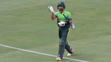 Ahmed Shehzad ate up 12 balls for his duck