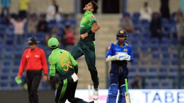 Hasan Ali exults after having Kusal Mendis caught