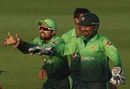 Babar Azam and Sarfraz Ahmed enjoy a moment of dominance, Pakistan v Sri Lanka, 3rd ODI, Abu Dhabi, October 18, 2017