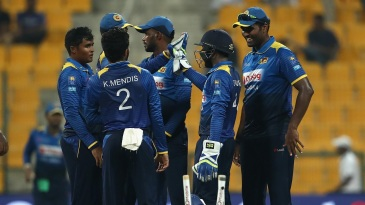 The Sri Lanka team gets together