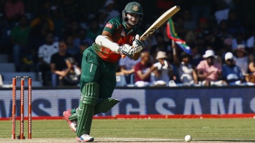 Shakib Al Hasan resisted South Africa's attack