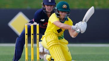 Nicole Bolton gets set to play a sweep
