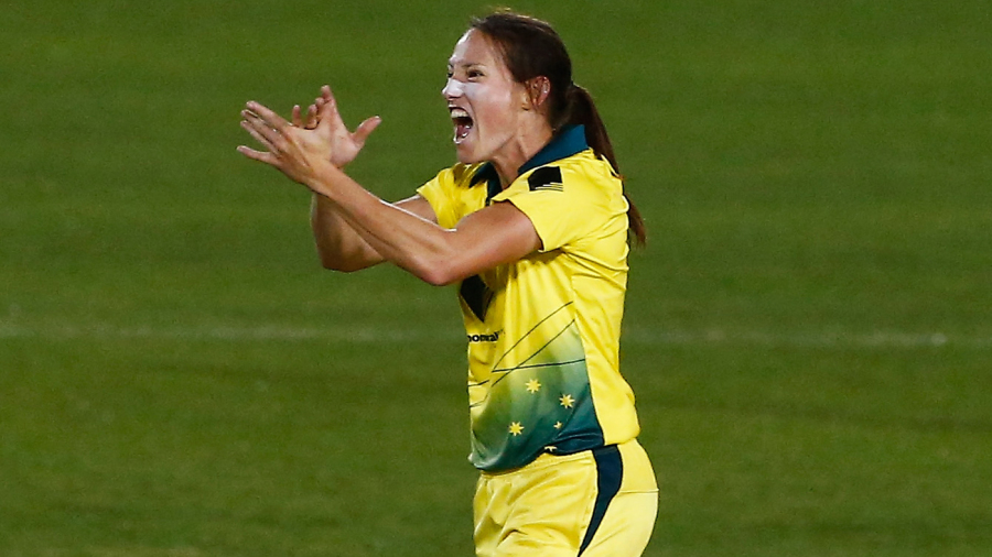 Megan Schutt celebrates the wicket of Tammy Beaumont