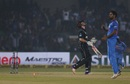 Bhuvneshwar Kumar yorks Henry Nicholls, India v New Zealand, 3rd ODI, Kanpur, October 29, 2017