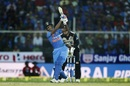 Hardik Pandya gives it a good swing, India v New Zealand, 3rd T20I, Thiruvananthapuram, November 7, 2017