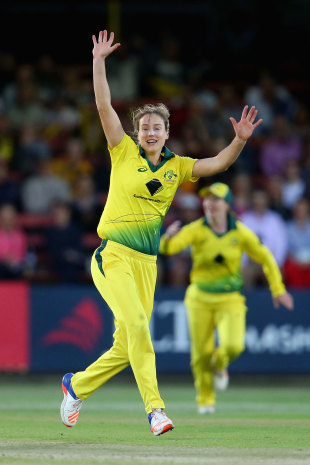 Ellyse Perry struck twice on two balls