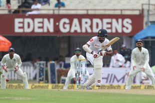 Lahiru Thirmanne took care to play close to his body
