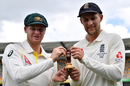 Steven Smith and Joe Root hold a replica Ashes urn, Brisbane, November 22, 2017