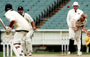 Brad Williams bowls, Victoria v Western Australia, Pura Cup, 4th day, March 18, 2001